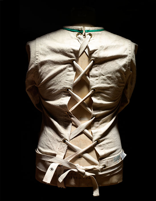 Straight-Jacket_00029-copy.jpg